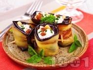 Рецепта Патладжови рулца пълнени с майонеза, сирене Фета, стафиди и кашу